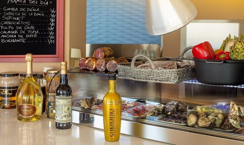 Ресторан высокой кухни Llum de Benidorm Отель Villa Venecia Boutique Бенидорме
