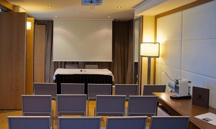 Переговорный зал & Blogroom Отель Villa Venecia Boutique Бенидорме